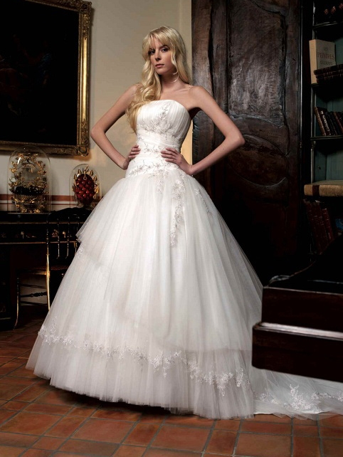 Robes de mariée 2011 : les 10 plus belles collections - Holiday and ...